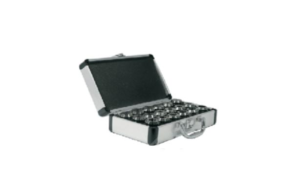 ER16-10 набор цанг стандартной точности в металлическом кейсе